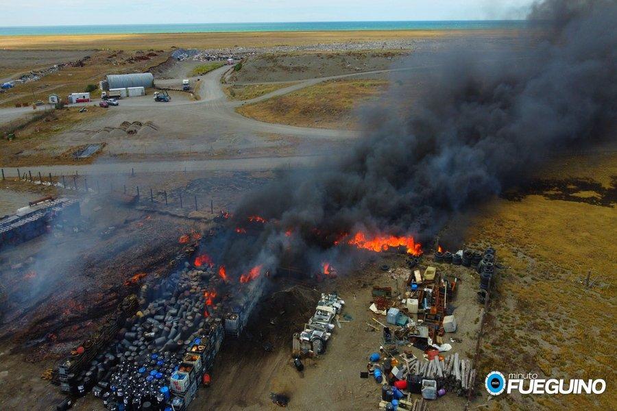 Incendio en la empresa G.L.R. Servicios ambientale